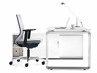 products-desk-bigwig-evoke