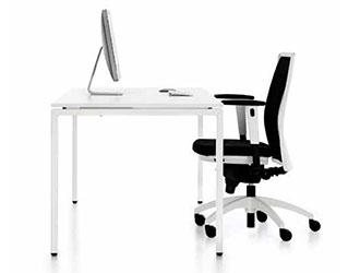KIS Office Desks